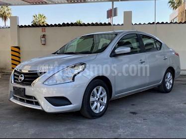 Nissan Versa 4p Sense L4/1.6 Aut usado (2019) color Plata precio $194,900