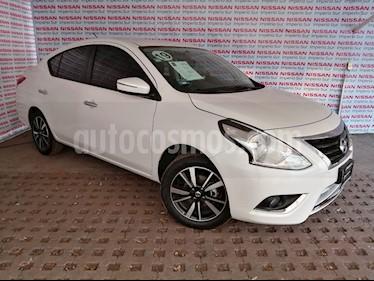 Nissan Versa Exclusive NAVI Aut usado (2019) color Blanco precio $229,000