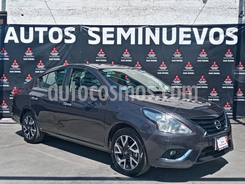 Foto Nissan Versa Advance usado (2019) color Gris Oscuro precio $189,000