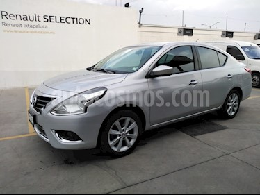 Nissan Versa Advance usado (2015) color Plata precio $145,000