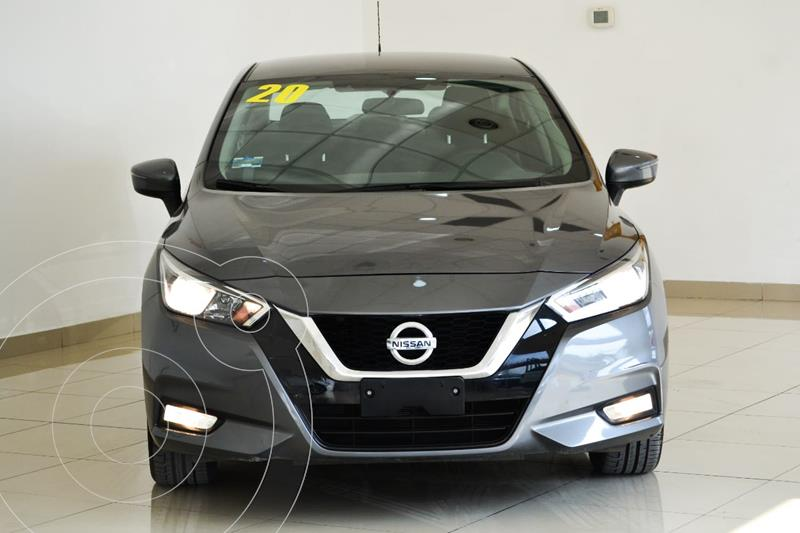 Foto Nissan Versa Advance Aut usado (2020) color Gris precio $280,000