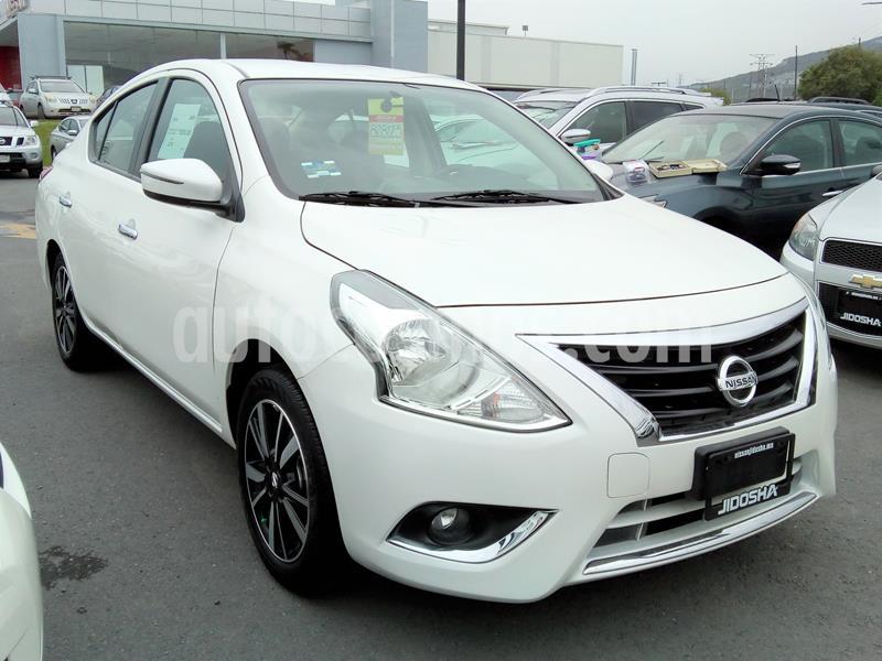 Nissan Versa Exclusive NAVI Aut usado (2019) color Blanco precio $250,000