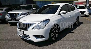 Nissan Versa Exclusive Aut usado (2018) color Blanco precio $220,000