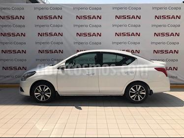 Nissan Versa Exclusive NAVI Aut usado (2019) color Blanco precio $265,000