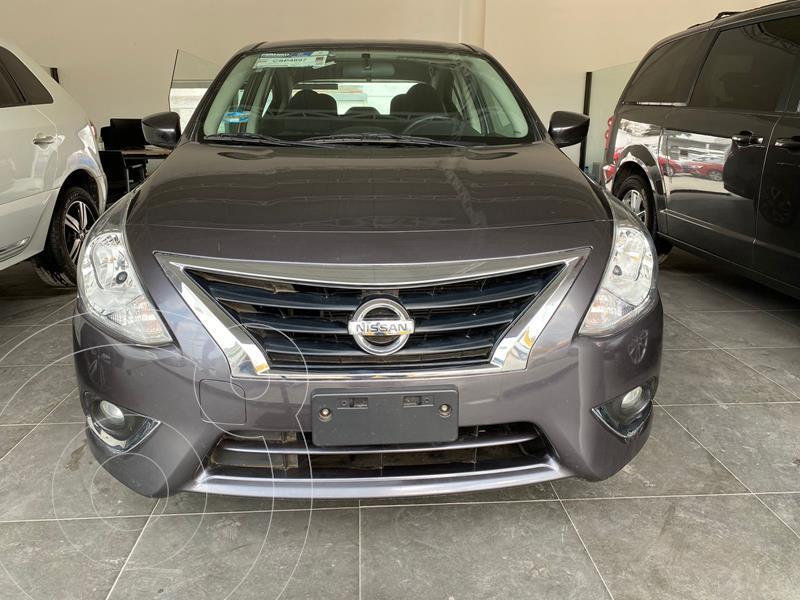 Foto Nissan Versa Advance usado (2019) color Gris precio $215,000