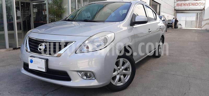 Nissan Versa Advance Aut  usado (2013) color Plata precio $115,000