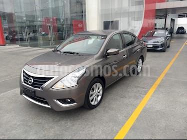 Nissan Versa Advance usado (2016) color Gris precio $155,900