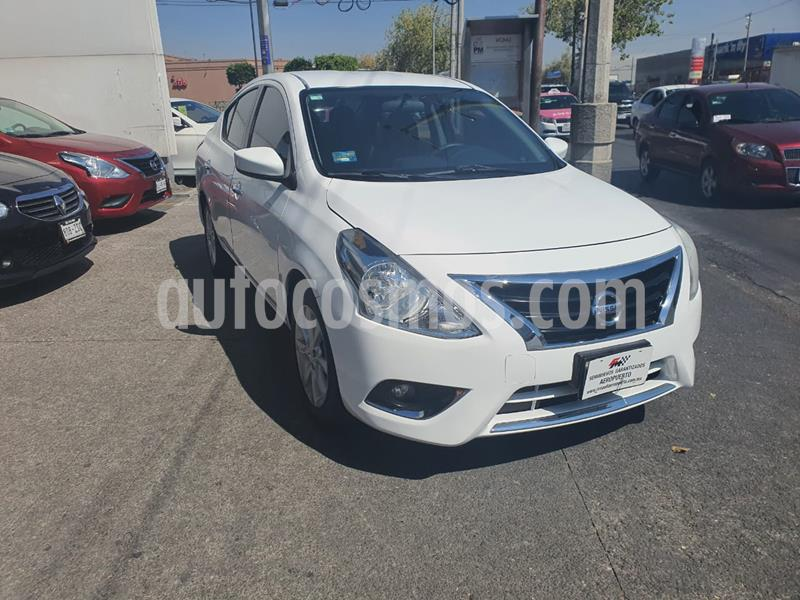 Foto Nissan Versa Advance Aut usado (2018) color Blanco precio $180,000
