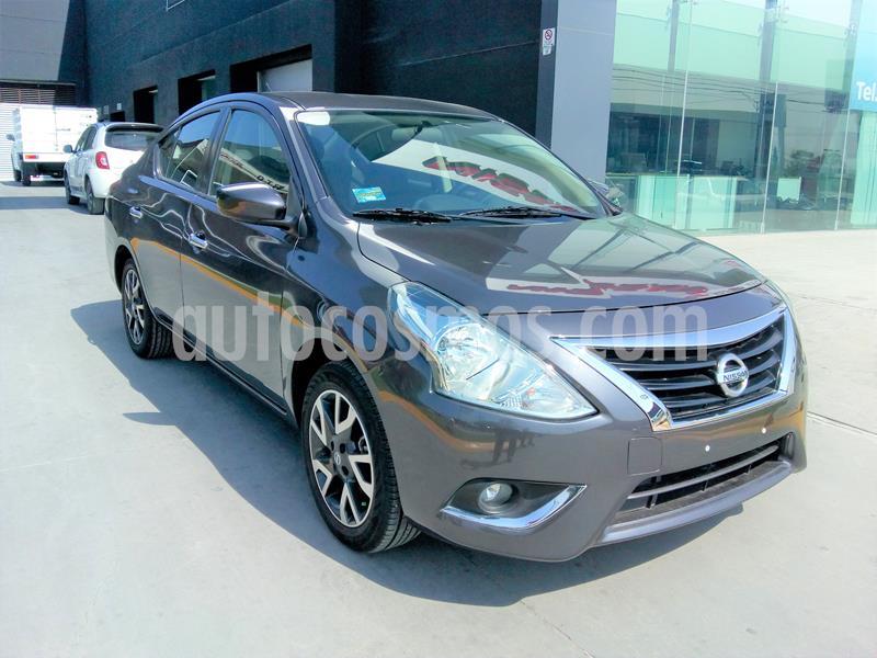 Nissan Versa Advance usado (2019) color Gris Oscuro precio $230,000