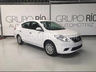 Nissan Versa Sense Aut   usado (2014) color Blanco precio $125,000