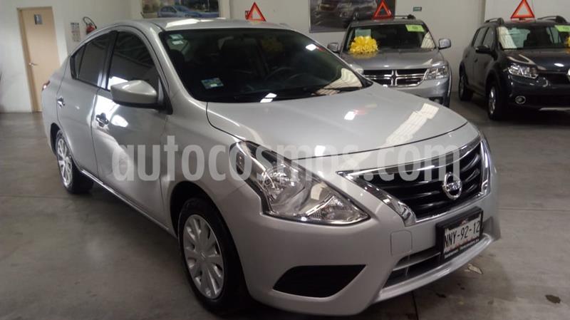Nissan Versa Sense usado (2017) color Plata precio $159,000