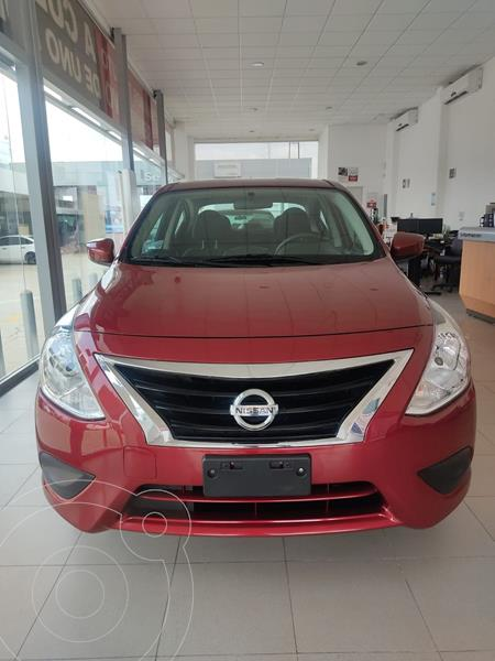 Foto Nissan Versa Sense usado (2019) color Rojo precio $210,000
