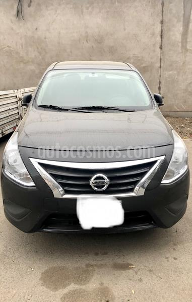 Nissan Versa  Sense MT usado (2018) color Negro precio u$s10,000