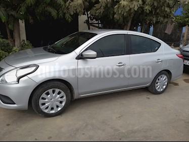 Nissan Versa  Sense MT usado (2015) color Plata precio u$s9,000