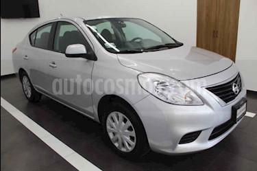 Foto Nissan Versa Sense Aut usado (2014) color Plata precio $127,000