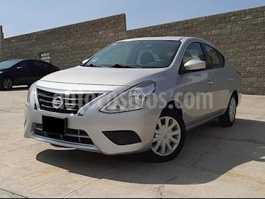 Nissan Versa Sense Aut usado (2017) color Plata precio $172,000