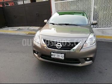 Foto Nissan Versa Sense Aut   usado (2014) color Bronce precio $139,500