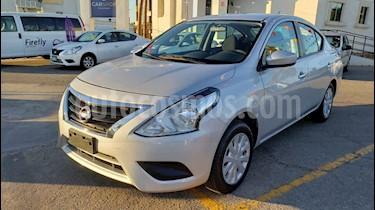 Foto venta Auto usado Nissan Versa Sense Aut (2018) color Plata precio $175,900