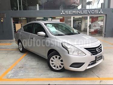 Foto venta Auto Seminuevo Nissan Versa Sense Aut (2017) color Plata Brillante precio $170,000