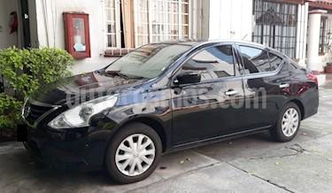 Nissan Versa Sense Aut usado (2017) color Negro precio $180,000