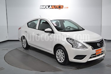 Foto venta Auto usado Nissan Versa Sense (2017) color Blanco precio $470.000