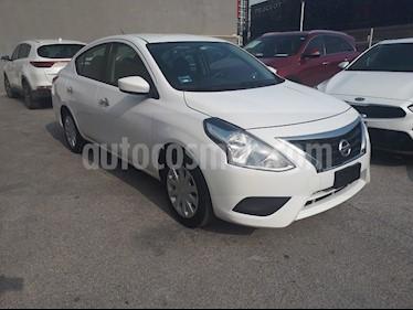 Foto Nissan Versa Sense usado (2017) color Blanco precio $175,000
