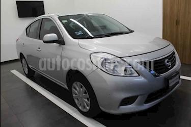 Nissan Versa Sense usado (2013) color Plata precio $119,000