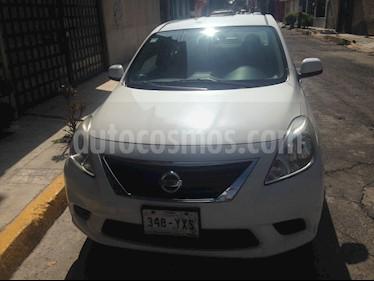 Nissan Versa Sense  usado (2013) color Blanco precio $120,000