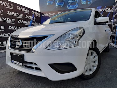 Foto Nissan Versa Sense usado (2016) color Blanco precio $164,900