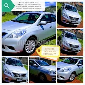 Foto venta Auto usado Nissan Versa Sense  (2014) color Plata precio $100,700