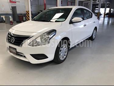 Foto Nissan Versa Sense usado (2018) color Blanco precio $184,900