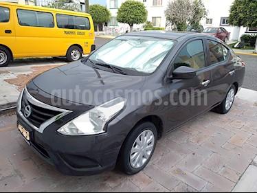 Nissan Versa Sense usado (2016) color Acero precio $155,000