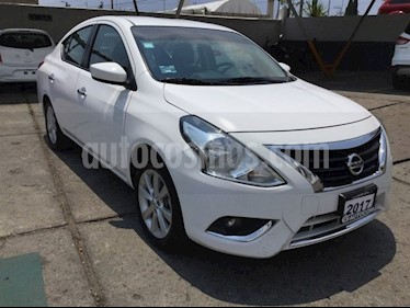 Foto venta Auto Seminuevo Nissan Versa VERSA ADVANCE AT (2017) color Blanco precio $180,000