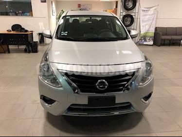 Foto venta Auto Seminuevo Nissan Versa VERSA ADVANCE MT (2018) color Plata precio $208,000
