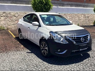 Foto Nissan Versa VERSA EXCLUSIVE AT usado (2019) color Blanco precio $249,000