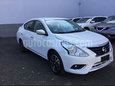 Foto venta Auto Seminuevo Nissan Versa VERSA EXCLUSIVE AT (2019) color Blanco precio $230,000