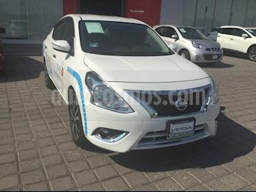 foto Nissan Versa VERSA EXCLUSIVE AT usado (2019) color Blanco precio $249,000