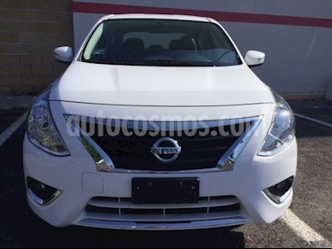 Foto venta Auto Seminuevo Nissan Versa VERSA EXCLUSIVE AT (2018) color Blanco precio $220,000