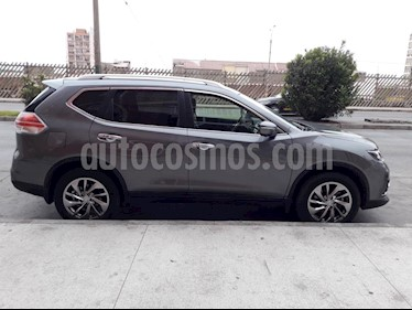 Nissan X-Trail 2.5L Exclusive Aut 3Filas 4x4 usado (2017) color Gris Metalico precio $17.500.000