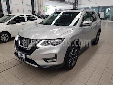 Foto venta Auto usado Nissan X-Trail 5p Advance 3 L4/2.5 Aut Banca abatible (2018) color Plata precio $385,000
