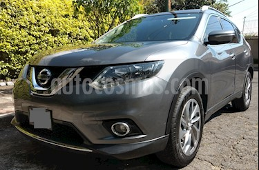 Nissan X-Trail Advance 3 Row usado (2015) color Gris Metalico precio $247,000