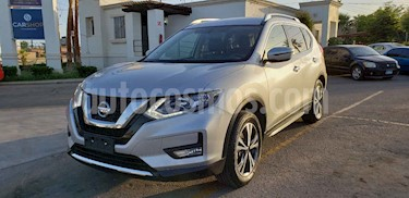 Foto Nissan X-Trail Advance 3 Row usado (2019) color Plata precio $359,900
