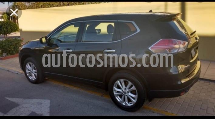 Nissan X-Trail 2.5L Advanse usado (2016) color Verde Oliva precio $13.400.000