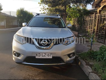 Nissan X-Trail 2.5L Advance Aut 3Filas usado (2018) color Gris Metalico precio $13.850.000
