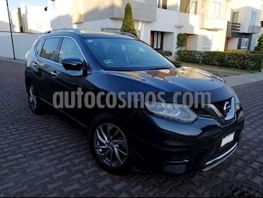 Foto venta Auto usado Nissan X-Trail Exclusive 2 Row (2015) color Azul Metalico precio $230,000