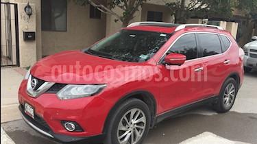 Foto venta Auto Seminuevo Nissan X-Trail Exclusive 2 Row (2017) color Rojo precio $300,000