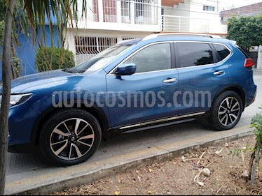 Foto Nissan X-Trail Exclusive 2 Row usado (2018) color Azul precio $385,000