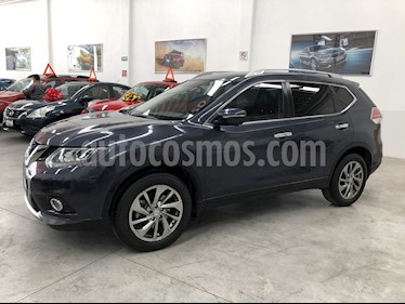 Foto Nissan X-Trail Exclusive 3 Row usado (2016) color Azul Metalico precio $300,000