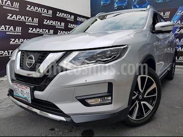 Foto Nissan X-Trail Exclusive usado (2018) color Plata precio $394,900