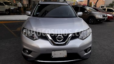 Nissan X-Trail Advance 3 Row usado (2017) color Plata precio $330,000